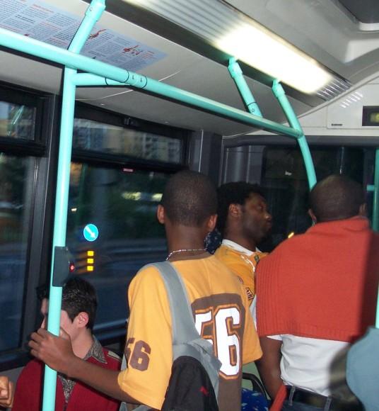 Sull'autobus 9