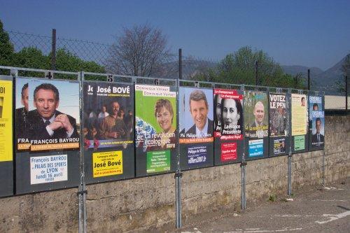 Manifesti elettorali a Grenoble
